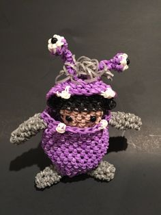 Disney's Monsters Inc Boo Rubber Band Figure | Amigurumi by BBLNCreations on Etsy Loomigurumi Amigurumi Rainbow Loom