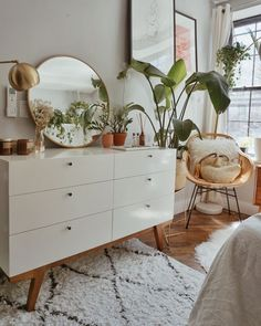 Home Decor Bedroom Awesome 36 Top Minimalist Bedroom Decoration Ideas For Tiny Home Design. Decor Bedroom Awesome 36 Top Minimalist Bedroom Decoration Ideas For Tiny Home Design. Room Ideas Bedroom, Interior, Bedroom Makeover, Urban Outfiters Bedroom, Home Decor, House Interior, Bedroom Plants Decor, Apartment Decor, Room Decor Bedroom