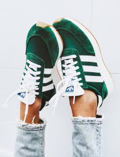 Source by fashion shoes adidas Shoes Adidas, Sneakers Vans, Adidas Iniki, Adidas Retro, Womens Sneakers Adidas, Cute Sneakers For Women, Women's Vans, Vans Shoes, Sneakers Workout