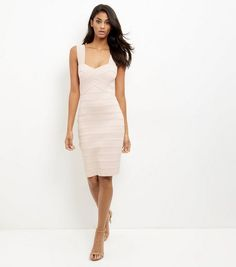 Discover the latest trends at New Look. Robes Midi, Mi Long, Day Dresses, New Dress, New Look, Latest Trends, Party Dress, White Dress, Bodycon Dress
