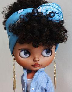 Blythe Doll by Tiina, photo by blythe doll Ooak Dolls, Blythe Dolls, Barbie Dolls, African Dolls, African American Dolls, Pretty Dolls, Beautiful Dolls, Afro Art, Black Women Art