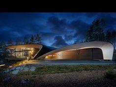 Modern wooden house by architect Seppo Mäntylä and Polar Life Haus / Honkatalot