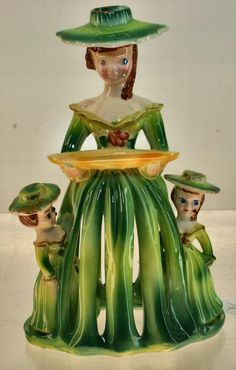 #7 Napkin Doll w/2 Daughters (S&P)