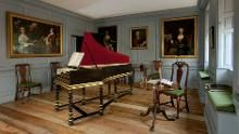 17 Places All Music Lovers Should Go In London Fenton House, Mayfair London, Georgian Homes, Georgian Interiors, House Interiors, London History, Piano Room, London Museums, National Trust