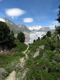 Gletschertour auf dem Aletschgletscher in der Schweiz