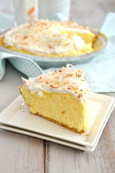 This No-Bake Easy Coconut Cream Pie is a classic recipe you must try! Creamy, light, fluffy and coconutty, it tastes like it's made from scratch without all the effort. Healthy Cake Recipes, Pie Recipes, Dessert Recipes, Vegan Recipes, Easy Desserts, Delicious Desserts, Vegan Desserts, Coconut Cream, Coconut Custard