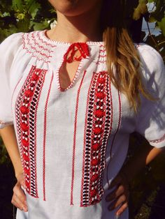 Traditional HUNGARIAN blouse in white cotton by TaylorGirlsShop