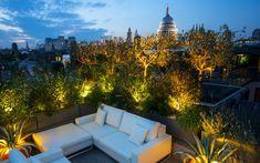 #chic #roof #terrace #weatherproof #sofas #manutti #St #Paul's Mylandscapes Garden Design, photo Marianne Majerus