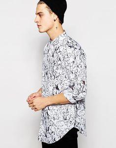 Imagen 1 de Camisa larga de manga larga con estampado agrietado de ASOS
