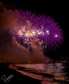 Learn how to photograph epicfireworks.