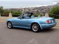 Custom Mazda Miata   Custom Colors - Crystal Blue 1992 - Mazda Miata MX-5 Picture Gallery