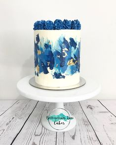 Blue beauty Final cake from this weekend. # 2019 Blue beauty Final cake from this weekend. The post Blue beauty Final cake from this weekend. # 2019 appeared first on Birthday ideas. Birthday Cakes For Men, Birthday Cupcakes, Birthday Ideas, Buttercream Birthday Cake, Teen Birthday, Easy Cake Decorating, Birthday Cake Decorating, Decorating Ideas, Birthday Decorations