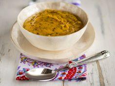 Receita Dedo de Moça: Sopa de cenoura com gengibre e quinoa vermelha