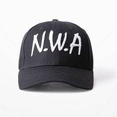 Flat Peak Black Snapback Cap /& Black Beanie Hat Compton Duo Pack
