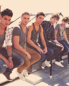 siva kaneswaran, max george, tom parker, jay mcguiness, nathan syes THE WANTED