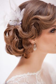 Pretty in Pink Era Theme Wedding wedding hairstyles 93 Best Hairdo images in 2019 1920s Wedding Hair, Roaring 20s Wedding, Wedding Hair Half, Wedding Hairstyles For Long Hair, Wedding Hair And Makeup, Bride Hairstyles, Vintage Hairstyles, Down Hairstyles, Classy Vintage Wedding