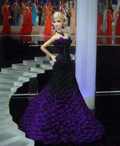 """Miss Ohio 2012 – Vestido inspirado de la actriz Actriz  Abbie Cornish  en Atelier Versace  Primavera 2011/ """"W.E."""" Premiere  68º Festival de Cine de Venecia/ September 1, 2011"""