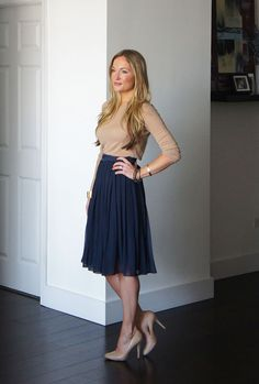 Beige and navy ~ simply classy. Perfect for work meetings, and the sleeves aren't too short, neither is the skirt.