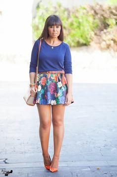 Summer Goddess, Zara, Girls In Mini Skirts, Flower Skirt, Special Girl, Plus Dresses, Sexy Legs, Hosiery, Take That