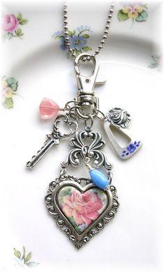 Victorian Style Purse Pull Handbag Accessory Necklace Heart @etsy #roses