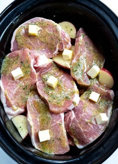 Crockpot Ranch Pork Chops and Potatoes is a super quick, easy and no-fuss weekda. Crockpot Ranch Pork Chops and Potatoes is a super quick, easy and no-fuss weekday dinner recipe. Just drop everything in your slow cooker and forget a. Crockpot Dishes, Crock Pot Cooking, Pork Dishes, Easy Cooking, Ground Beef Dishes, Oven Cooking, Cooking Light, Pork Chops And Potatoes, Side Dishes