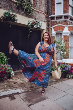 I love dresses. And so when Simply Be asked me to pick three from their website and style them in my own way I knew I was ont… Smart Casual, Casual Looks, Georgina Horne, Western Style Belts, Dungaree Dress, Great Lengths, Patchwork Dress, Print Wrap, Green Bag