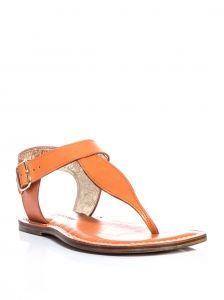 Revive your beach-bound footwear portfolio with the citrus-fresh orange hue of these Bernardo 1946 Eva sandals.