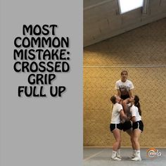 "Today we will talk about the Most common mistake of ""crossed grip full up"". On the video we are showing you one of the mistakes that… Easy Cheerleading Stunts, Cool Cheer Stunts, Cheer Pyramids, Cheerleading Pyramids, Cheer Routines, Cheer Workouts, Cheer Formations, Cheers Show, Varsity Cheer"