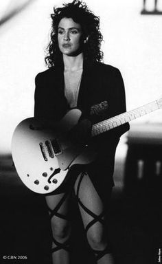Wendy Melvoin, from Prince's band The Revolution in Prince Apolonia Six Vanity Six and many other sexy funky girls of Prince or just. Bass, The Artist Prince, Sheila E, Best Guitar Players, Prince Purple Rain, Cinema, Roger Nelson, Prince Rogers Nelson, Purple Reign