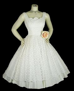 Vintage 50s lace party prom wedding dress