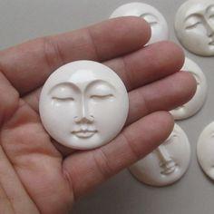 35 mm Moon Face Pendant Buffalo Bone Carving With Hole on Back Side 2-010416