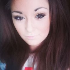 #toofaced #sensualmakeup #Brown #gold #nude #peachy #brunette #makeupstyle #maryjane