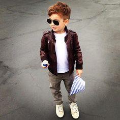 yo voy a vestir así a mi hijo!!