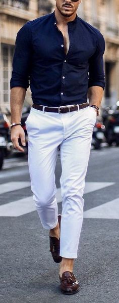 Blue shirt with white pants brown shoes and black belt. White Pants Outfit Mens, Brown Shoes Outfit, Blue Shirt Outfits, White Pants Men, Vest Outfits, White Jeans, White Shirts For Men, Black Loafers Outfit, Blue Loafers