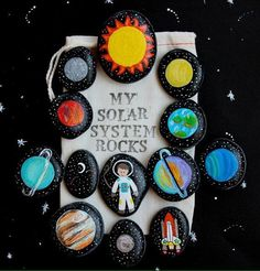 Solar System Story Stones and Painted Rocks / by (Diy Manualidades Parties) Story Stones, My Solar System, Ideias Diy, Rock Crafts, Pebble Art, Stone Painting, Rock Painting, Stone Art, Diy For Kids