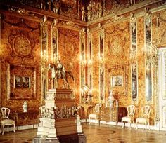 A colour autochrome of the Amber Room in the Catherine Palace taken before the Second World War