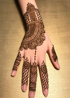 Explore latest Mehndi Designs images in 2019 on Happy Shappy. Mehendi design is also known as the heena design or henna patterns worldwide. We are here with the best mehndi designs images from worldwide. Best Arabic Mehndi Designs, Back Hand Mehndi Designs, Cool Henna Designs, Full Hand Mehndi, Mehndi Designs For Girls, Mehndi Designs 2018, Mehndi Designs For Beginners, Modern Mehndi Designs, Mehndi Designs For Fingers