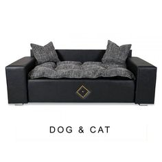 #Hundesofa DOG & CAT   Erfreuen Sie Ihren Liebling Vierbeiner mit unserem Hundesofa DOG & CAT mit extra dickem Kuschelkissen. Das hochwertige #Tiersofa aus strapazierfähigen Möbelstoff und Kunstleder mit zwei weichen Kissen und mit extra dicker Liegefläche ist der ideale Schlafplatz für Ihr Haustier.  Das #Sofa DOG & CAT passt sehr gut zu einer klassischen als auch einer modernen Einrichtung.