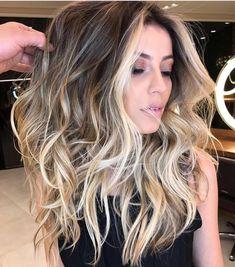 "3,413 Likes, 32 Comments - ✨BALAYAGE & BEAUTIFUL HAIR (@bestofbalayage) on Instagram: ""One of ourPOSTS from 2017 by (no surprise) @romeufelipe ⚔️ #bestofbalayage #showmethebalayage…"""