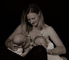 Una mamma incredibile con bellissimi gemelli, e le nostre gumidrops intrattenere le manine :)  http://www.gumigem.it/ourshop/prod_2415286-Gumidrops-Skyfall.html   #regali #mamma #bambini #dentizione #teething #neomamma