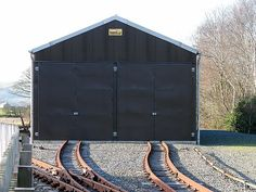 Railway rolling storage no need to hand carry style