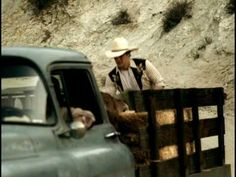 Music video by George Strait performing The Seashores Of Old Mexico. (C) 2006 MCA Nashville, a Division of UMG Recordings, Inc.