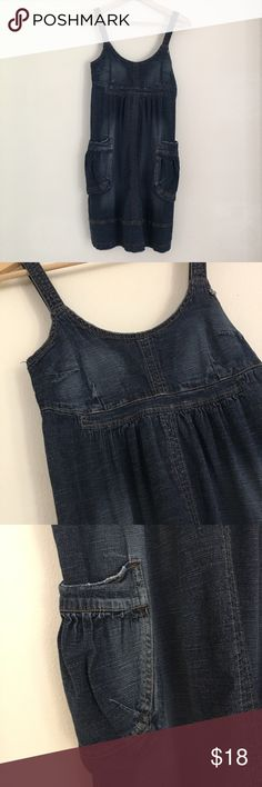 Distressed Denim Jumper Overall Dress with Pockets Very cute and comfortable distressed Denim dress with pockets and adjustable straps. This was one of my all time favorite dresses but it is still in great condition! 98% cotton 2% Spandex. Measures 14.5 in across at bust and 26 in length. Jalate Dresses Midi