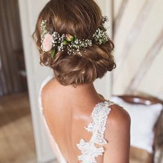 The hair  also the lace straps.... today's French wedding is off the scale ooh la la ❤️ image by @cottoncandy_gem & @cottoncandy_phil