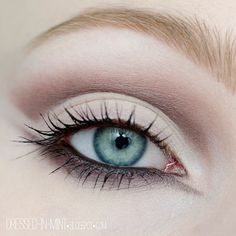 You can never go wrong with this soft and subtle cut crease look by dressed in mint using Makeup Geek eye shadows in Drama Queen, Sensuous, Unexpected, Vanilla Bean, and White Lies.