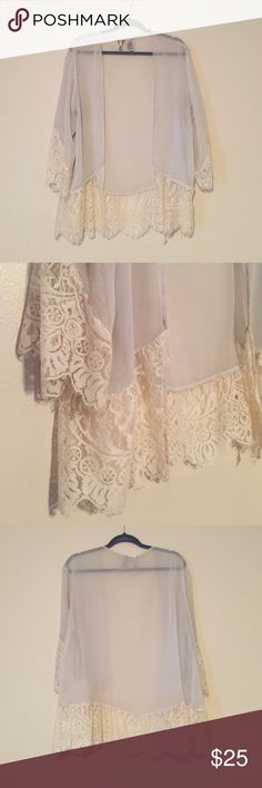 Kimono White and off white short kimono. So pretty and flowy! Buckle Other