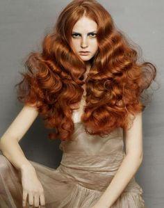 Hair, Makeup, Nails >> Red hair and waves. Editorial Hair, Ginger Hair, Great Hair, Big Hair, Full Hair, Brazilian Hair, Gorgeous Hair, Stunning Redhead, Amazing Hair