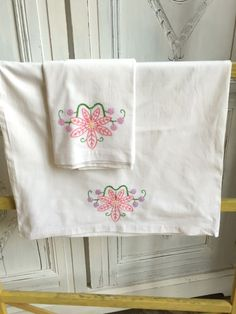 Vintage Hand Embroidered Pillow Cases - Pair