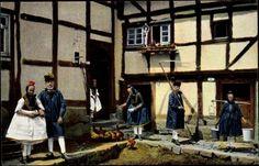 Ansichtskarte / Postkarte Hessische Trachten, Schwälmer bei der Hausarbeit #Schwalm