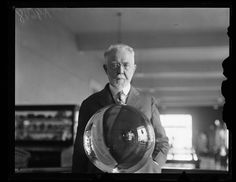 Geologist George P. Merrill with the world's largest perfect crystal sphere which is housed at the Smithsonian. Vintage Photographs, Vintage Photos, Library Of Congress, High Resolution Photos, Photo Archive, National Museum, Hd Images, Historical Photos, Geology